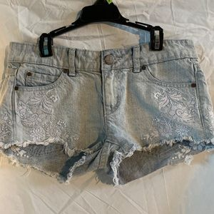 O'Neill jean short with detailing